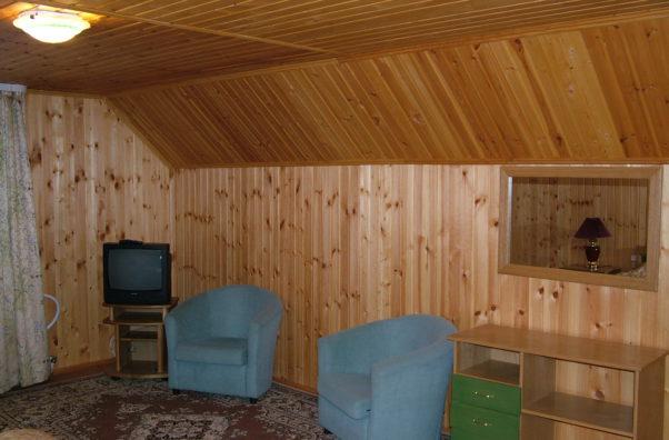 коттедж -Рекалето-лагерь-спальня1